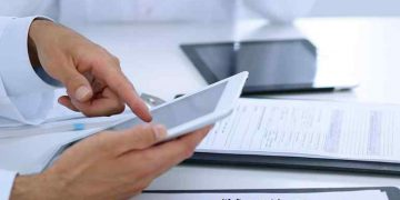 Gather Critical Patient data through HIPAA compliant texting tools
